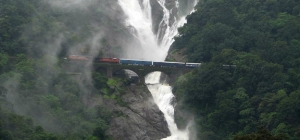 dudhsagar-waterfall1-goa