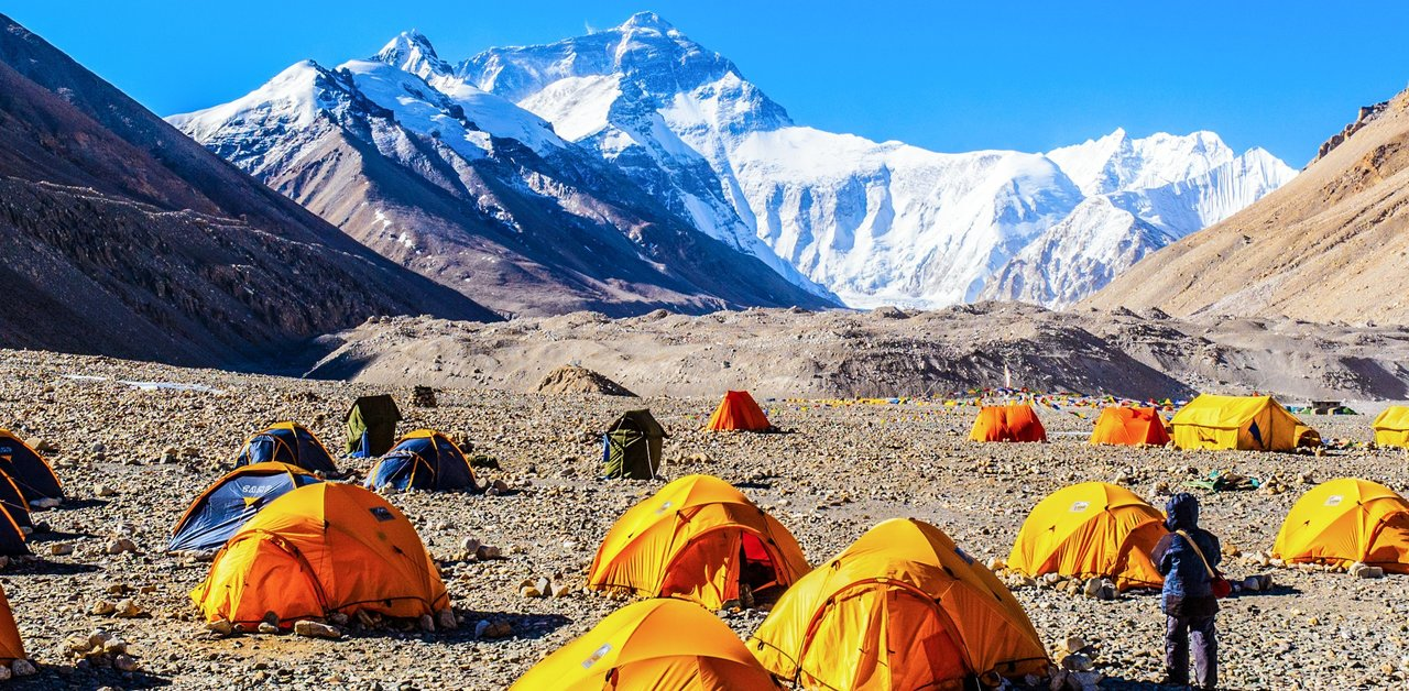 Camping-Everest-Base-Camp_1439798320