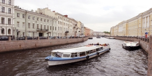 canal-boat-