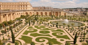 Beautiful-Palace-of-Versailles-in-France-