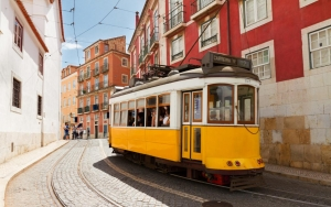 Lisbon---Getting there---tram 12-xlarge