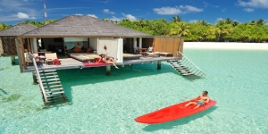Water-Villas-from-Lagoon