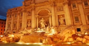 Trevi-Fountain-Rome-Itlay
